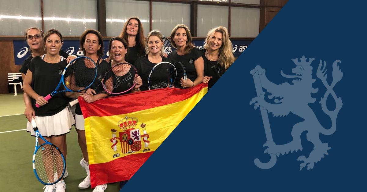 Die Tennis Damen 40.3 empfangen Ihre Tennisfreundinnen aus Spanien